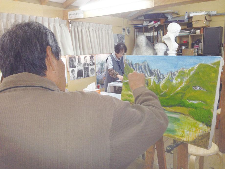 美術大学受験コースから一般絵画教室・クラフト教室・マンガ教室等を開催